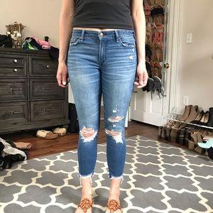 Abercrombie Harper Ankle Jeans. Size 27 (4 short)